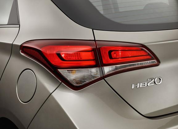 d2c7aa012 Hyundai HB20 2016 ganha novo visual e câmbios de seis marchas; veja ...