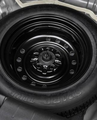 Nova lei sobre estepe quer que montadoras usem pneus com as mesmas características