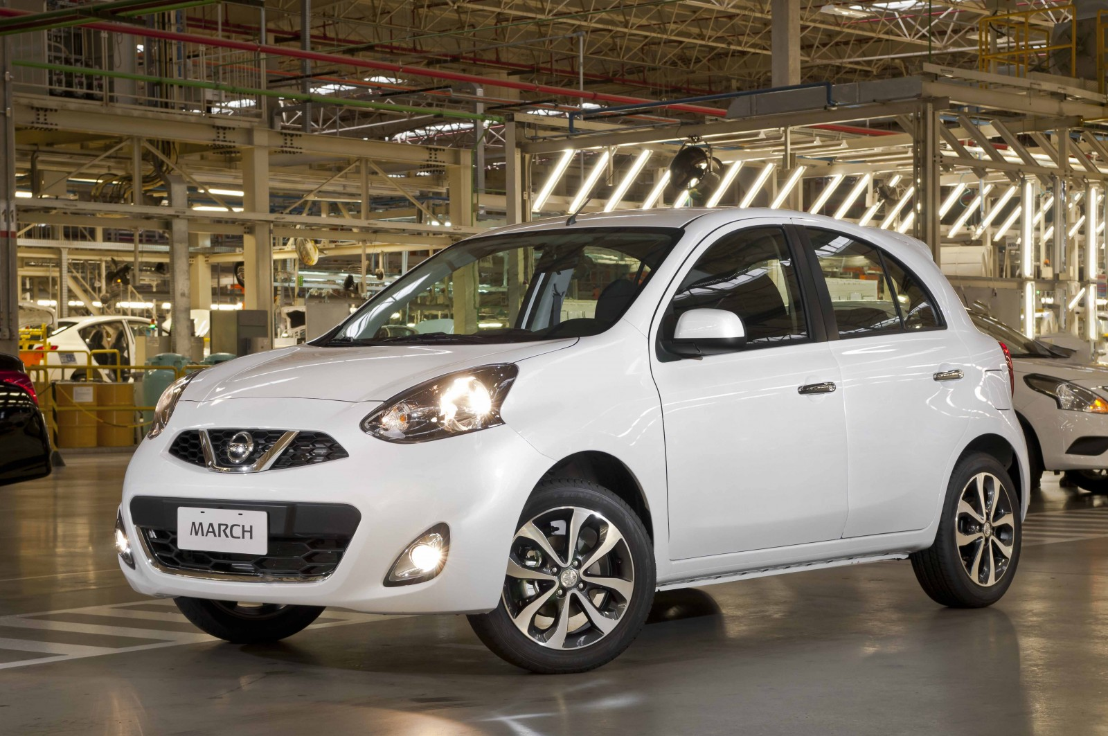 nissan versa with Os Dez Automaticos Mais Baratos Brasil on 126598 in addition Manuales Nissan additionally Wildfires Caused By Global Warming furthermore 2016 Nissan Versa Note Overview C25219 further Nissan Versa Advance 2016.