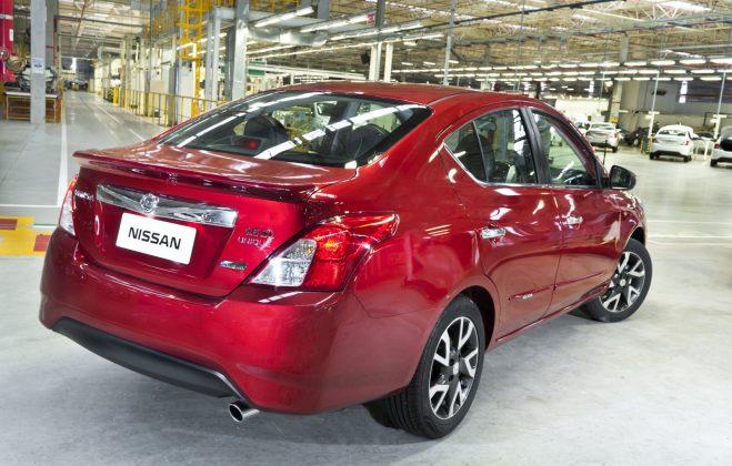 Nissan lança March e Versa com câmbio CVT - Motor Show