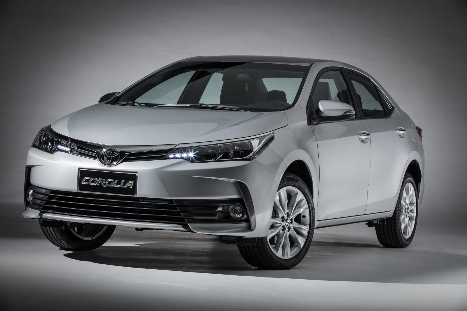 Com novo visual, Toyota Corolla 2018 chega a partir de R$ 90.990 4-corolla-xei-2018
