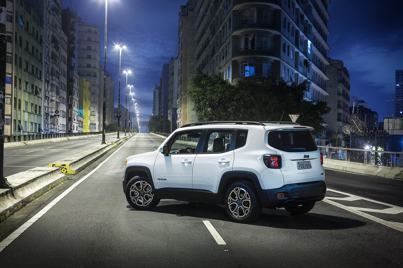 jeep renegade 2018 estreia novas vers es diesel motor show. Black Bedroom Furniture Sets. Home Design Ideas