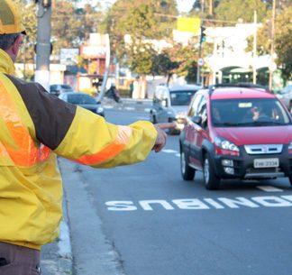 Multa para pedestre e ciclista está na pauta do Denatran para os próximos dois anos