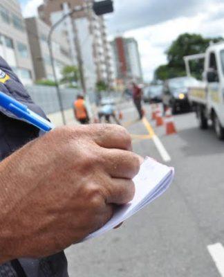 Você sabe como recorrer de multas e pedir a troca por uma advertência?