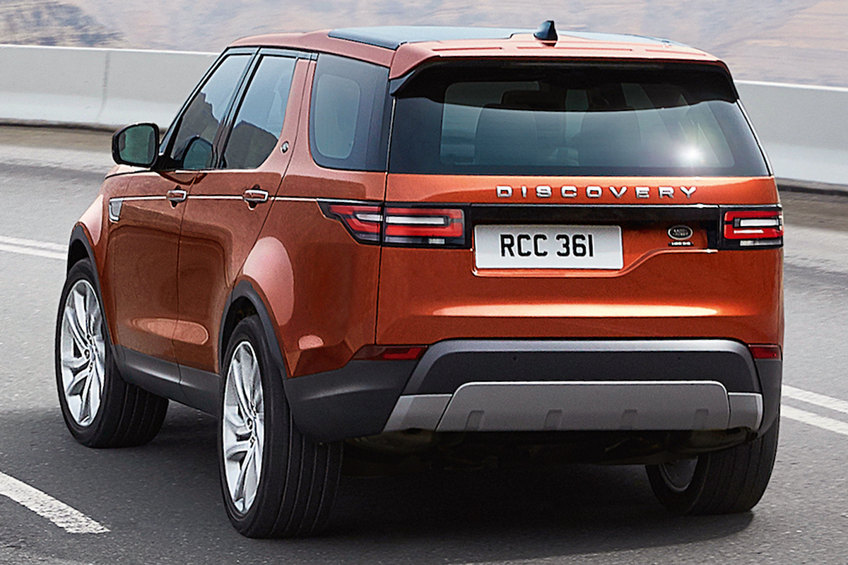 land rover discovery sport motor show. Black Bedroom Furniture Sets. Home Design Ideas