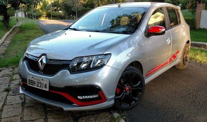 Renault Sandero R.S.: esportivo a preço de hatch premium ...