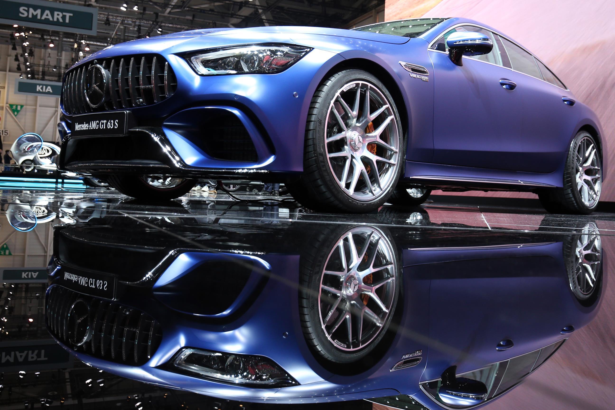 Mercedes-Benz revela o AMG GT de quatro portas - Motor Show
