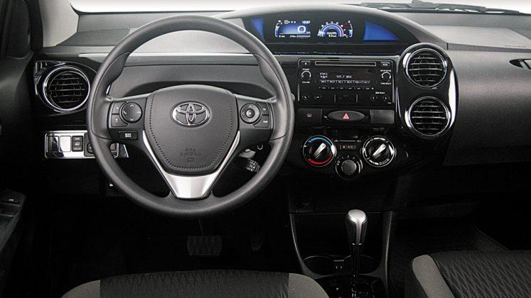 Avalia 231 227 O Toyota Etios 2019 Ficou Mais Pr 225 Tico E Mais