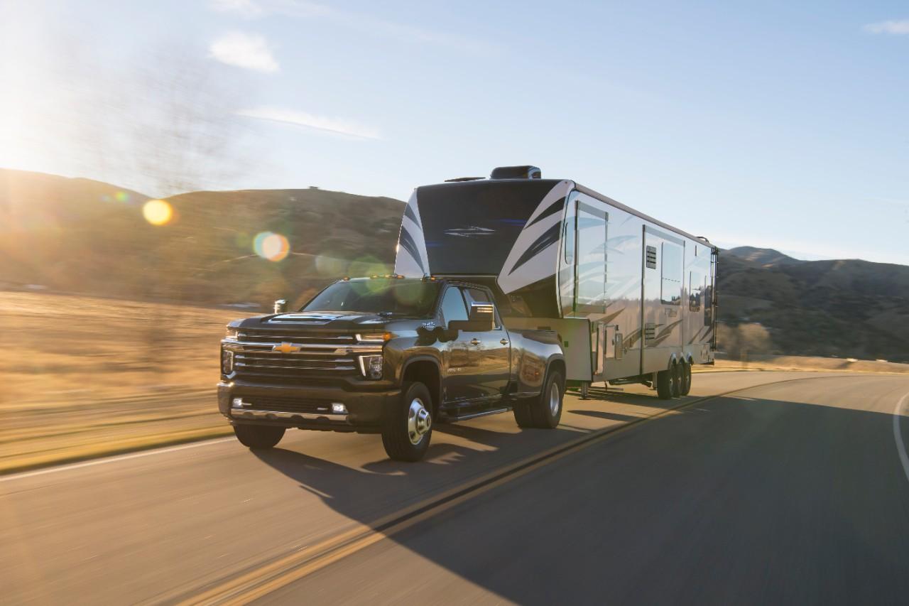 Chevrolet Silverado HD 2020 puxa 16 toneladas - Motor Show