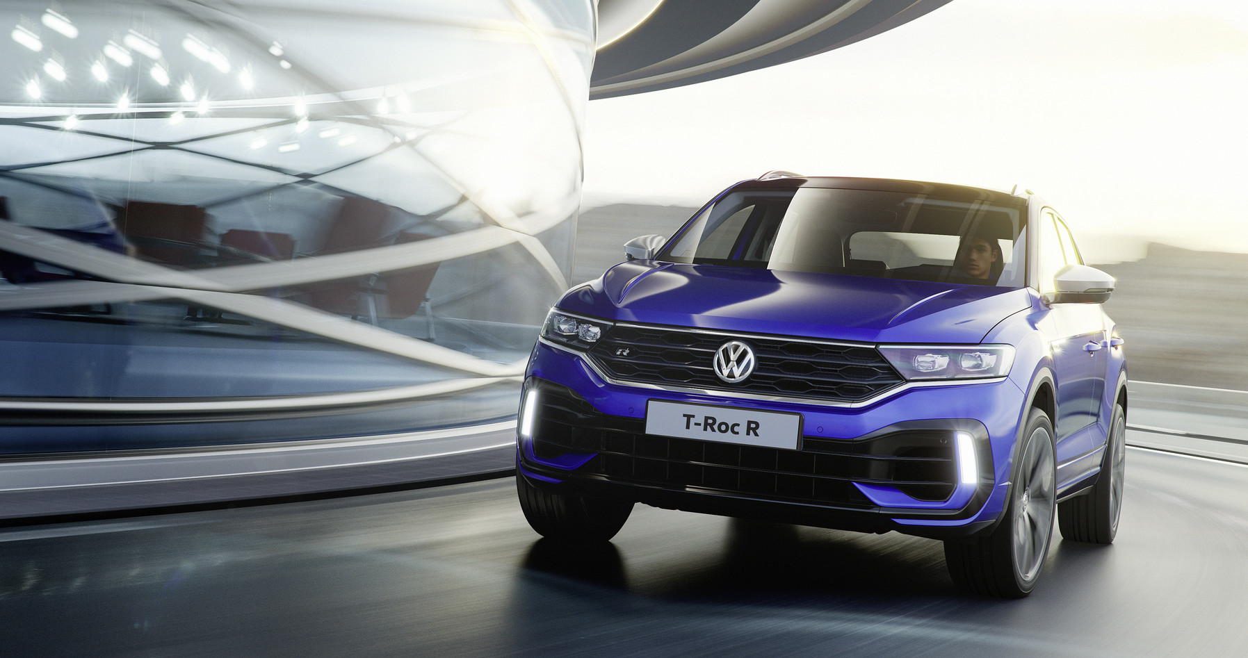 suv do golf r vw t roc r utilit rio de 300 cv motor show. Black Bedroom Furniture Sets. Home Design Ideas