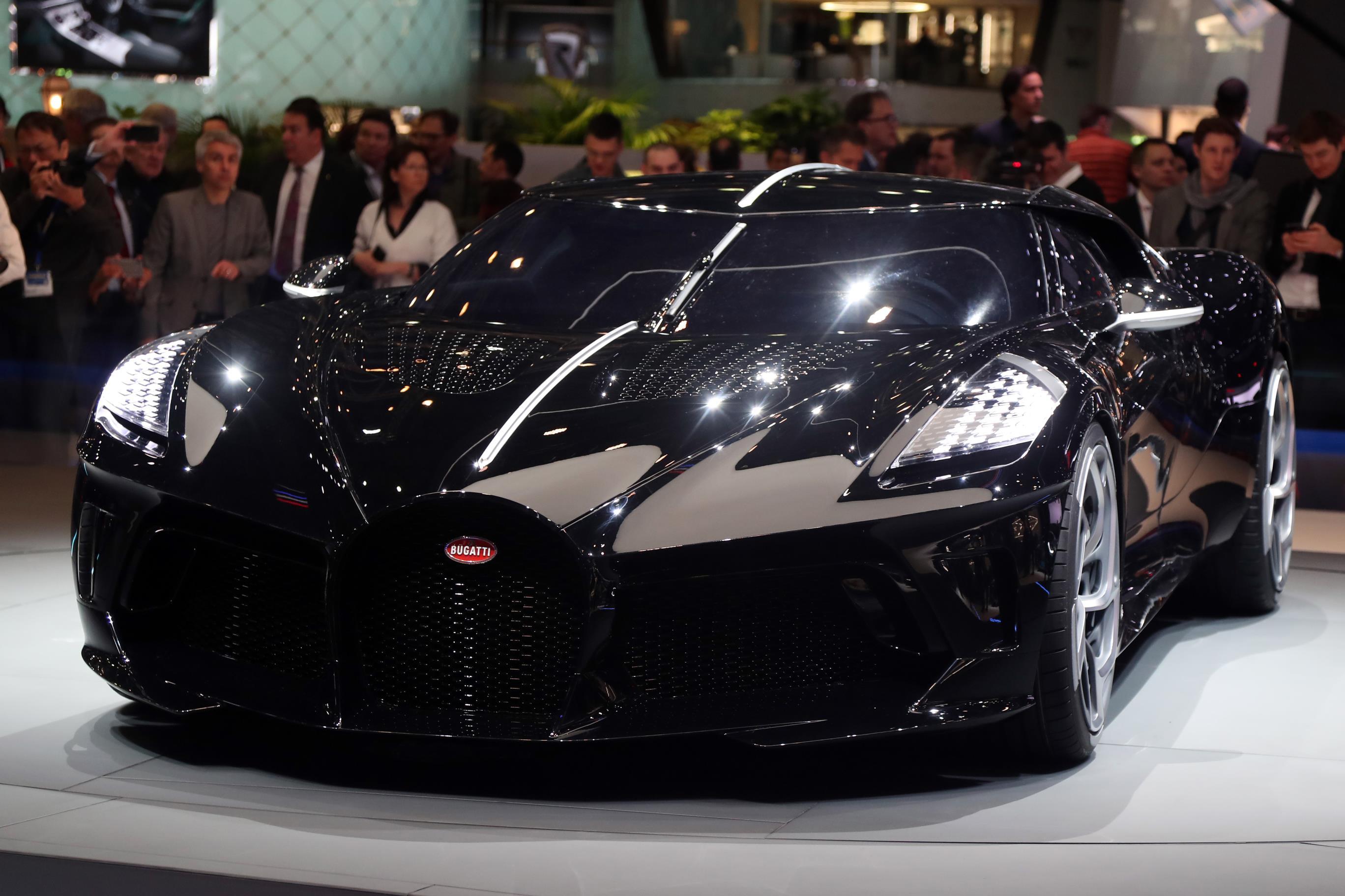 964d9e3d0 CR7 compra o carro mais caro do mundo, um Bugatti de R$ 48,7 milhões