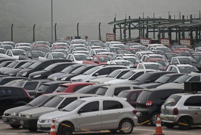 Novembro foi o melhor mês do ano para a indústria automobilística do País