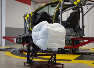 Defeito em airbag causou o maior recall da história