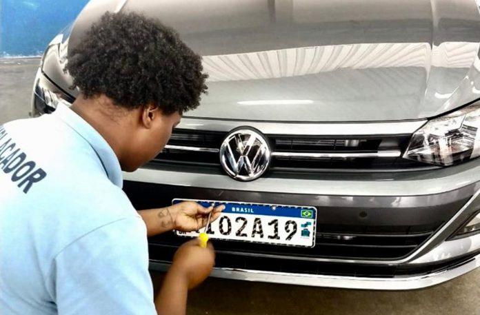 IPVA vence hoje para donos de carros com placa final 1