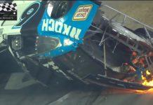 Líder capota e perde Daytona 500