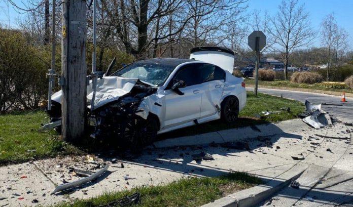 Dono destruiu seu BMW M5 logo após retirá-lo da concessionária