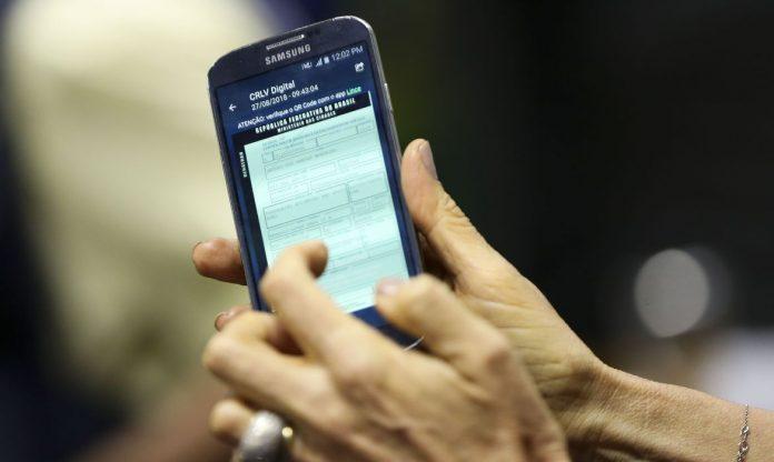 Motoristas de 13 Estados já podem imprimir o documento do carro em casa. Marcelo Camargo/Agência Brasil