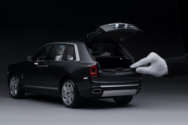 Miniatura Rolls-Royce Cullinan (2)
