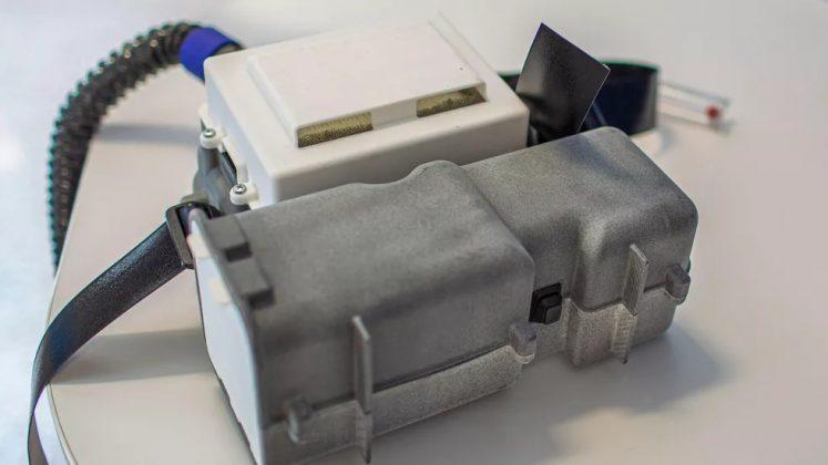 O módulo principal do respirador hospitalar da For conta com filtros de ar que protegem o profissional