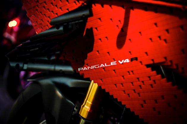 Ducati Panigale V4 R de Lego (4)