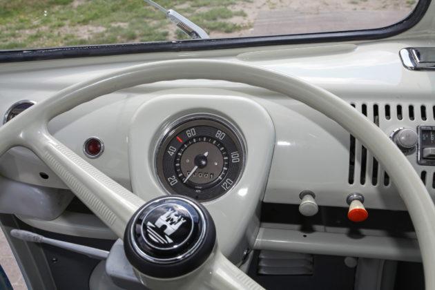VW Kombi 1964 (4)