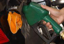 Preço da gasolina foi o prin cipal responsável pela inflação em julho, segundo IPCA