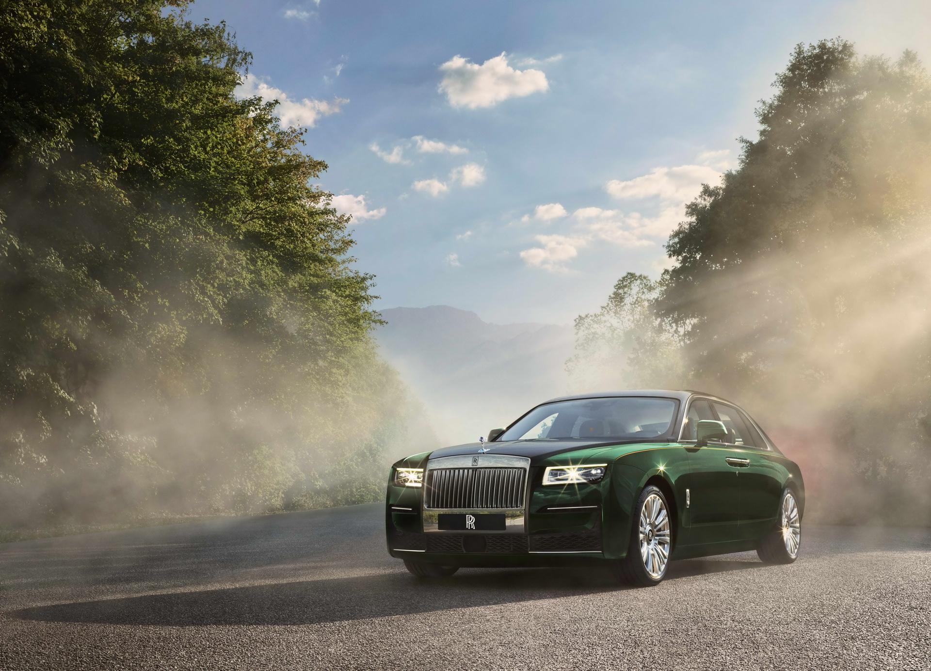 Novo Rolls Royce Ghost Extended E Uma Sala De Estar Ambulante Motor Show