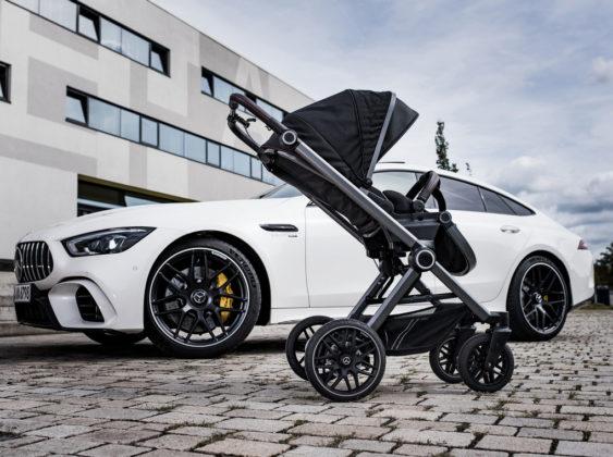 Carrinho de bebê Mercedes-AMG