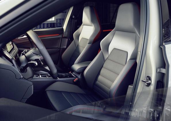 Volkswagen Golf GTI Clubsport MK8 (2)