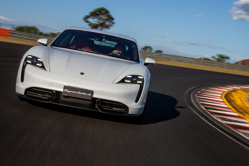 Avaliacao Porsche Taycan Turbo S E Um Missil Terra Ar Eletrico Motor Show