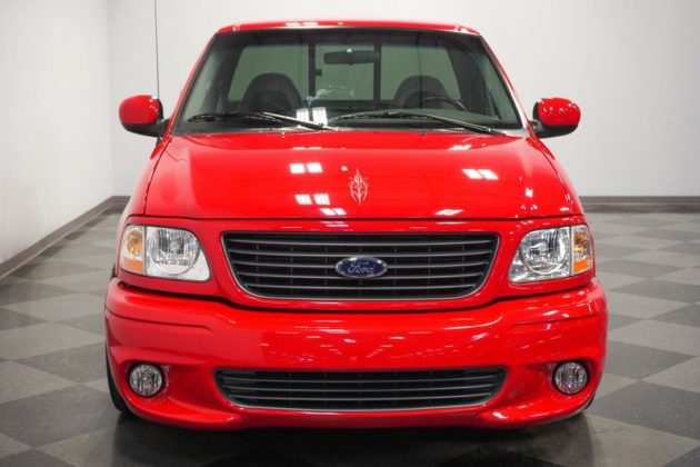 Ford F-150 SVT Lighting
