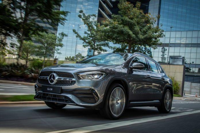 mercedes gla 2021 Mercedes-benz-gla-250-amg-line-3-696x464