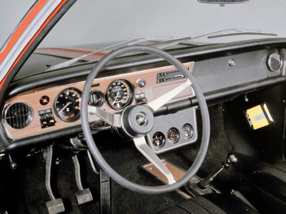 Um Opala injetado de fábrica? Conheça a história do Opel Commodore GS/E
